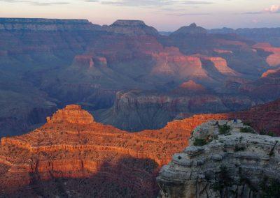 Arizona: Der Grand Canyon im Abendlicht.