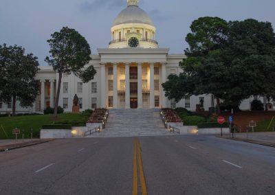 """Alabama: Das """"Weiße Haus"""". Allerdings nicht das in Washington, sondern in Montgomery. Hier wurde die Unabhängigkeit der Südstaaten ausgerufen. Startschuss für den Bürgerkrieg."""