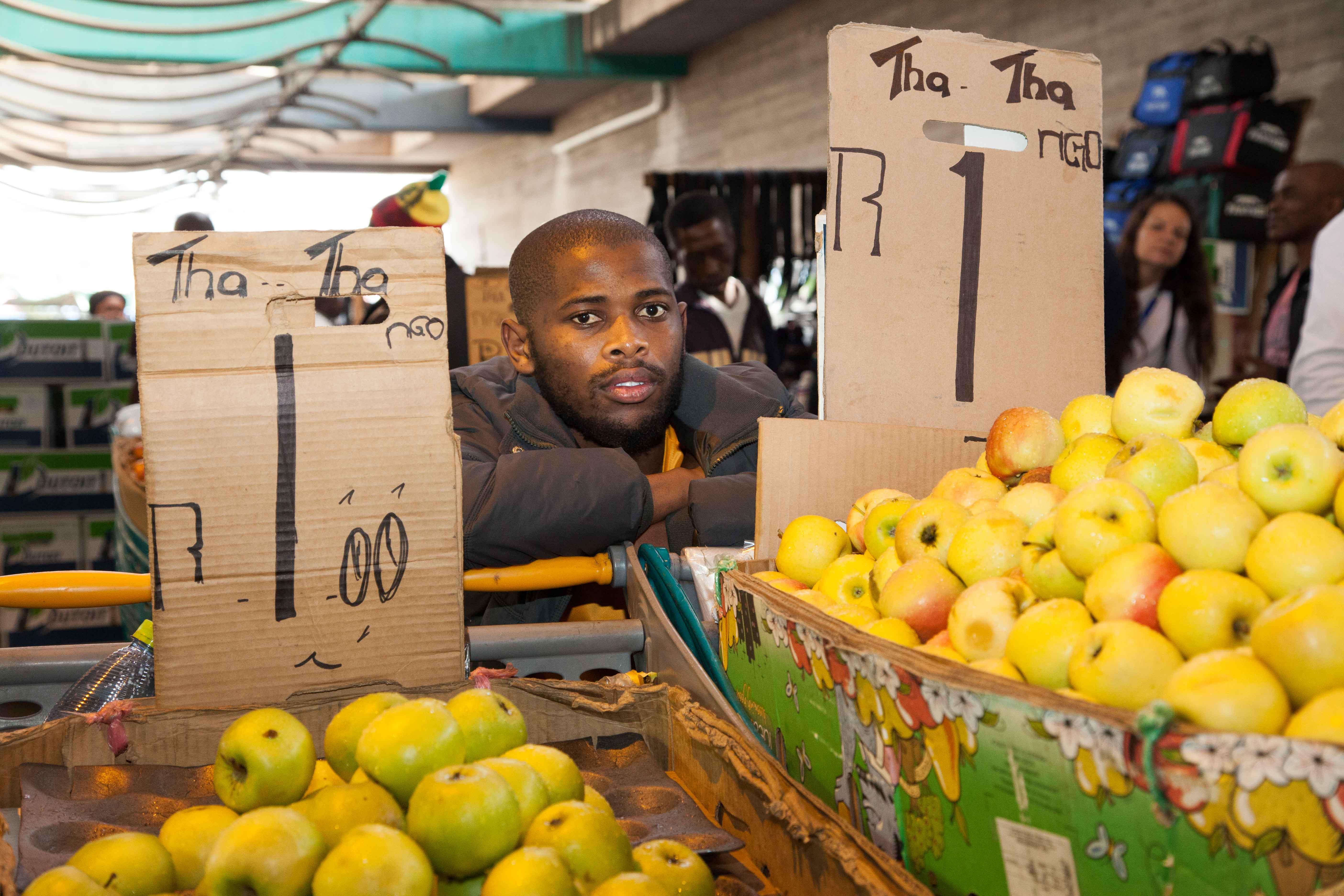 Ein Rand für einen Apfel, das sind knapp sieben Cent.