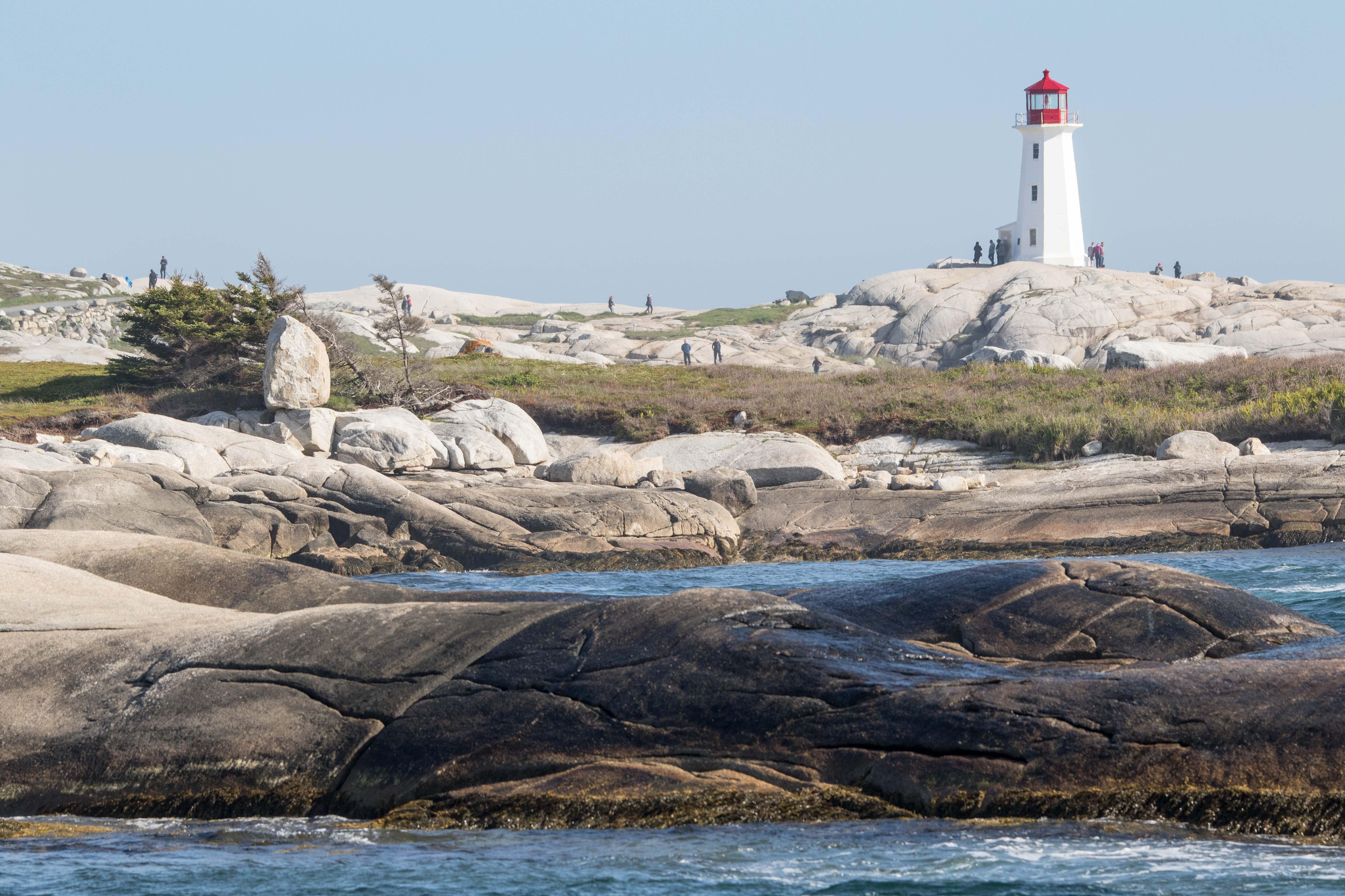 Auf Fels gebaut: der Leuchtturm von Peggy's Cove, angeblich der meistfotografierte der Welt.